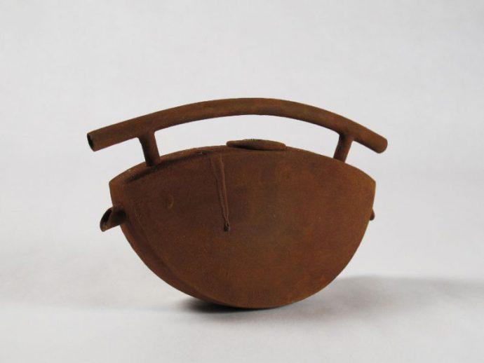 old teapot rouilee profil